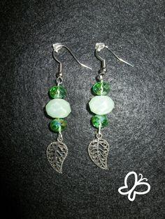Orecchini con pietre verdi