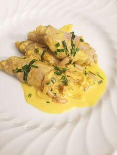 Involtini di vitello allo zafferano Oreo Cheesecake, Thai Red Curry, Love Food, Risotto, Food And Drink, Cooking Recipes, Chicken, Healthy, Ethnic Recipes