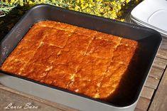 Revani, prajitura cu gris insiropata | Retete culinare cu Laura Sava - Cele mai bune retete pentru intreaga familie Something Sweet, Lasagna, Mai, Deserts, Sweets, Ethnic Recipes, Martha Stewart, Party Time, Food