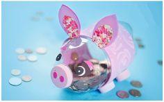 Verás paso por paso como hacer un lindo cerdito de alcancía con el que podrás motivar a tus niños a ahorrar.