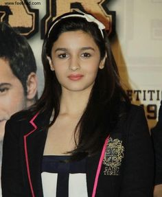 Top Alia Bhatt New Wallpapers Super Images And Hot Photos Free Alia Bhatt Hd Wallpapers Wallpapers) Bollywood Fashion, Bollywood Actress, Alia Bhatt Cute, Super Images, Pink Lehenga, Lehenga Choli, Face Photo, Pinterest Photos, Cute Faces