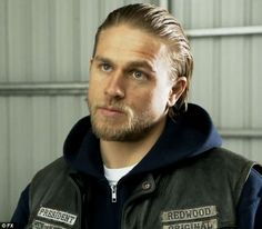Happy birthday, Mr. President! Fans know Hunnam best as the tattooed bad-boy biker Jackson... http://dailym.ai/OOdE7s#i-a4780e42