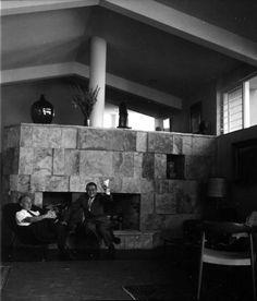piedraagazapada:  Max Cetto and Juan O'Gorman inside of Cetto's 1961 Novick House, Las Aguilas, Mexico City.