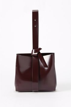 AP STUDIO(エーピーストゥディオ) ◇HOUSE-COMMUNE スクエアBAG | スタイルクルーズ Soft Leather Handbags, Leather Bag, Everything Designer, Bags 2015, Bags Game, Clutches For Women, Mk Purse, Best Bags, Leather Accessories