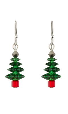 Easy to make Christmas Tree Earrings free pattern design to make these great earring for the holidays!  Jewelry Design - Earrings with Swarovski® crystals | make Christmas tree earrings | jewelry making Christmas earrings | Christmas earrings jewelry crafts | Christmas tree earrings crafts | - (aff link)