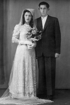 Henry Sperling with his wife and fellow Holocaust survivor, Yaja at their wedding in 1947 Jewish History, World History, Interesting History, The Victim, World War Two, Wwii
