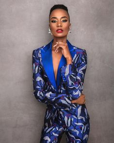 17 breathtakingly beautiful photos of the newly crowned Miss Universe Zozibini Tunzi by South African photographer Garreth Barclay African Models, African Women, African Fashion, Haute Couture Paris, Fashion Models, Girl Fashion, Fashion Outfits, South African Dresses, Miss Univers