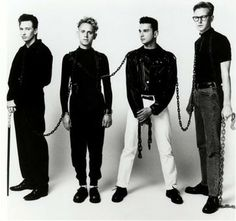 See Depeche Mode pictures, photo shoots, and listen online to the latest music. Martin Gore, 80s Music, Music Love, Mode Hollywood, Alan Wilder, Enjoy The Silence, Band Pictures, Cinema, Dave Gahan
