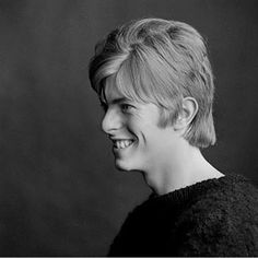 David Bowie's first album cover session photographed by Gerald Fearnley #davidbowie #bowie