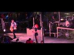 Paramore - Live In San Diego, CA - High Quality Audio Watch in HD and Turn it up loud! Camera: Sony Audio: Box/Edirol A. San Diego Living, Image Fun, Hayley Williams, Paramore, Green Day, Audio, Concert, Business, Youtube
