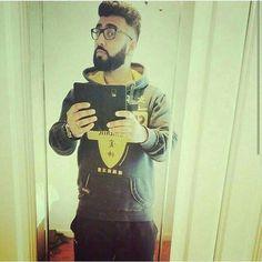 TB  #selfie#beardgang#beardgains#beardseason#beardgrowth#beardshape#henchbeard#beardgrooming#freshtrim#haircut#barber#hairstyle#hairdresser#instahair#hoody#fashion#swag#garms#gains#fitnessfreak#training#muscle#lifiting#geek#fade#art#mirrorselfie#tb#foodie by khurram_ahmed_