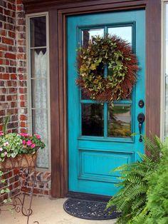 türkizkék bejárati ajtó#turquoise-front-door
