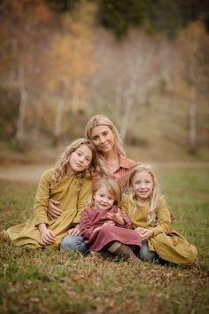 Christmas Shopping, Amber, Wedding Photography, Couple Photos, Children, Life, Couple Shots, Young Children, Boys