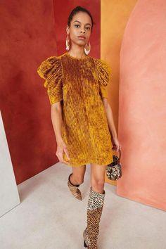 Look Fashion, Fashion Design, Fashion Trends, Looks Style, My Style, Hippie Stil, Mini Vestidos, Ulla Johnson, Autumn Winter Fashion
