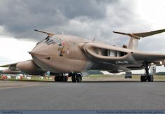Identify the aircraft... Handley Page HP-80 Victor K2