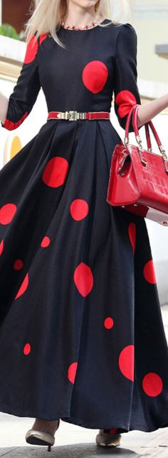 red polka dot dress with really big dots Red Polka Dot Dress, Polka Dots, Pretty Dresses, Beautiful Dresses, Sewing Dress, Modest Fashion, Fashion Dresses, Dress Outfits, Casual Dresses