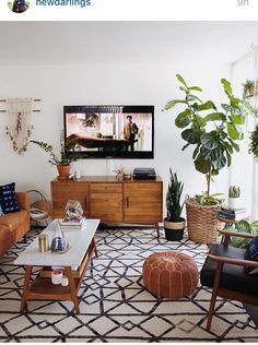 Mid Century Modern Living Room with TV Mid Century Living Room Design, Mid Century Modern Boho Living Room Boho Living Room, Living Room Decor, Bohemian Living, Modern Bohemian, Bohemian Interior, Boho Chic, Bohemian Style, Bedroom Decor, Bedroom Plants