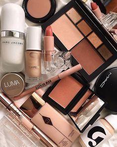everyday makeup looks, natural makeup looks, no makeup makeup, affordable makeup products, holygrail Sephora Makeup, Makeup Kit, Makeup Cosmetics, Makeup Glowy, Drugstore Makeup, Makeup Tips Natural Look, Makeup Looks Everyday, Hourglass Makeup, Makeup Revolution London