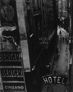Rue Quincampoix Paris, Photo by Brassai Robert Doisneau, Vintage Photography, Street Photography, Art Photography, Man Ray, Old Photos, Vintage Photos, Brassai, Andre Kertesz