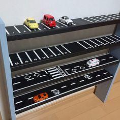 Boys Room Design, Boys Room Decor, Kids Bedroom, Car Bedroom Ideas For Boys, Hot Wheels Storage, Hot Wheels Display, Toddler Rooms, Baby Boy Rooms, Chambre Hotwheels