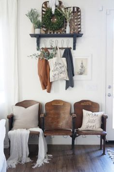 14 charming and functional entry ways for any size farmhouse