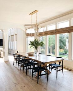 Home Interior Decoration .Home Interior Decoration Dining Room Inspiration, Home Decor Inspiration, Dining Room Design, Dining Room Table, Dining Room Windows, Dining Rooms, Style At Home, Living Comedor, Deco Table