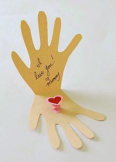 Cartão Em Forma de Mão Para a Mamãe - Blog Cantinho Alternativo
