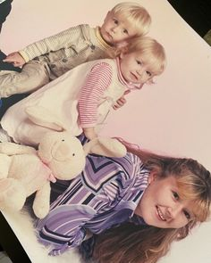 """She tells life stories on Instagram: """"So proud of how far we've come in these last 21 years, just us three. They are now taking good care of me. I'm super lucky with my little…"""" Ivf Twins, Disney Characters, Fictional Characters, 21st, Disney Princess, Life, Instagram, Fantasy Characters, Disney Princesses"""