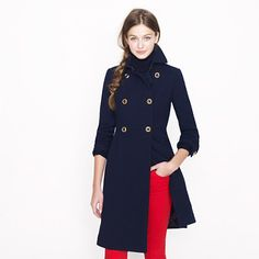 Crew for the Double-cloth greatcoat for Women. Find the best selection of Women Outerwear available in-stores and online. Preppy Style, My Style, Classic Style, Navy Coat, Vogue, Outerwear Women, Fashion Outfits, Womens Fashion, Fashion Ideas