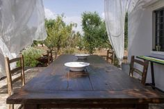 Baba Trullo Cisternino Baba Trullo offers accommodation in Cisternino, 17 km from Alberobello and 31 km from Taranto. The property is 27 km from Monopoli and boasts views of the garden. Free private parking is available on site.  There is a seating area and a kitchen.