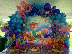 Mermaid theme balloon arch with octopus, banner, centerpiece park decoration. Mermaid Theme Birthday, Little Mermaid Birthday, Little Mermaid Parties, 4th Birthday Parties, Birthday Party Decorations, Mermaid Balloons, Little Mermaid Balloon Decorations, Mermaid Baby Showers, Creations
