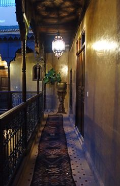 We've stumbled upon Riad Khol, a private residence where the owner allows special guests to have the exclusive pleasure of staying in one of the five bedrooms with private bathrooms. Based in…