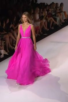 Pageant Dresses For Teens, Pageant Gowns, Homecoming Dresses, Sew Maxi Dresses, Nice Dresses, Casual Dresses, Pink Evening Gowns, Business Dresses, Classy Dress