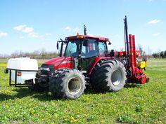 Seminatrice MS 8230 con sistema diserbo, per la semina di soia e mais con un'unica seminatrice di precisione. Case Ih, Tractors