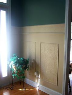 Faux Carved Wainscoting Using Paintable Textured Wallpaper – Remodelaholic