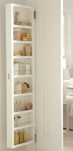 Gain space and eliminate clutter in your bath, pantry, or craft room without remodeling or adding furniture. This award-winning design offers large-capacity storage for small spaces--just add one to the back of your door.