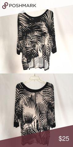 Karen Kane Printed Top Super soft Karen Kane Tops Tees - Long Sleeve