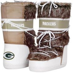 Cuce Shoes Green Bay Packers Women's The Aficionado Boots - Tan/White Dallas Cowboys Boots, Dallas Cowboys Women, Nike Pegasus, Cowboy Outfits, Football Outfits, Football Team, College Football, Oakland Raiders, Green Bay Packers