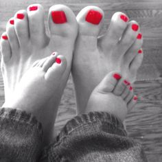 Mommy daughter pedicures~cant wait for a Mommy & daughter day with my sweet little princess!