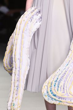600 details photos of Central Saint Martins at London Fashion Week Fall 2015.