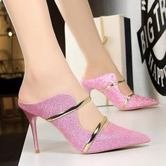 White Gold Sexy High Heels Shoes 2018 New Fashion Summer Style Women Platform Pumps For Party Wedding Shoes Night Club Heels Sexy High Heels, High Heel Pumps, Frauen In High Heels, Womens High Heels, Women's Pumps, Pink High Heels, Kitten Heel Shoes, Shoes Heels, Red Heels