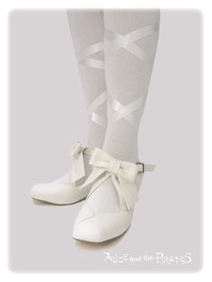 Alice and the Pirates Etoile ballet shoes