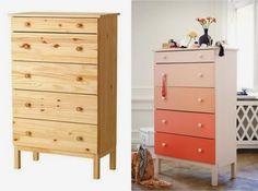 Customiser la commode Tarva Ikea en pin massif qui rend sa personnalisation d'autant plus facile. On peut la peindre, la teinter avec un vernis coloré, l'habiller de papier peint. Changer les boutons de tiroirs lui donne également un tout autre aspect