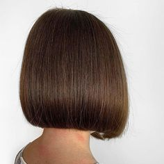 Bobs are super trendy right now and look stunning on anyone. Bobs are great because they can be in a range of colors and lengths, catering to anyone's... Bob Haircuts For Women, Short Hairstyles For Women, Bob Hairstyles, Hair A, Your Hair, Modern Bob Haircut, Inverted Bob, Shoulder Length Hair, Looking Stunning