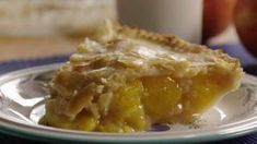 This is a simple, quick, old fashioned, baked, two crust peach pie made with fresh peaches and simple ingredients. It's great during summer peach season. Kosher Recipes, Cooking Recipes, Cream Pie Recipes, Bakery Recipes, Dessert Recipes, Food Network Recipes, Sweet Recipes, Delicious Desserts, Yummy Food