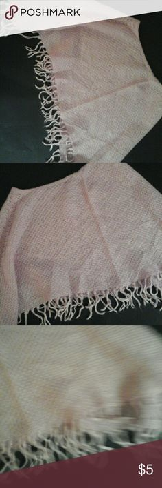 Girl's Knit Shaw size 14/16 Warm accent to any girl's outfit. Excellent condition No Boundaries Accessories