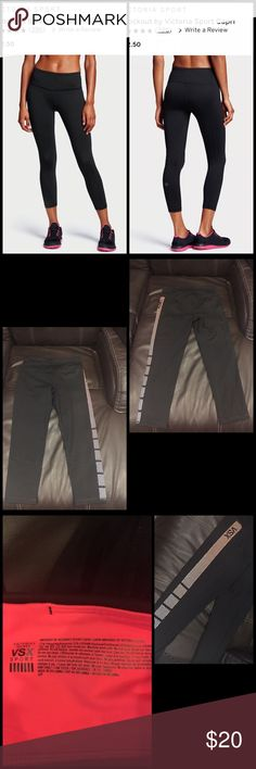 Victoria Secret Knockout by Victoria Sport Capri Victoria Secret Knockout by Victoria Sport Capri. Brand New only been worn to try on. They don't fit me 😞 and I don't have the receipt to take back. Size small. Victoria's Secret Jeans Ankle & Cropped