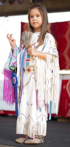 11 Adorable Children Wearing Award-Winning Native American Clothing