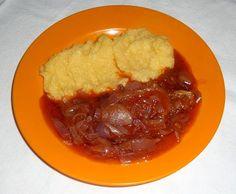 Onion Stew with Cornmeal Hagymatokány puliszkával  http://erdelyireceptek.com/hagymatokany/